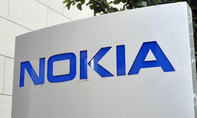 Рост продаж смартфонов Nokia на фоне убытков компании.